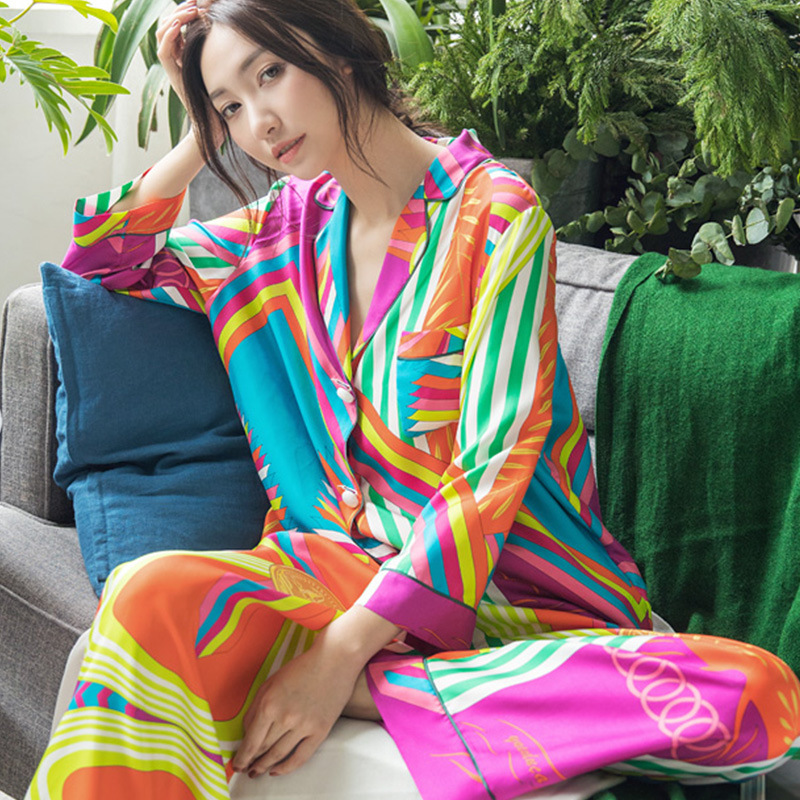Rainbow Color Pajamas Set For Women 2019 Autumn High Quality Cotton Long Sleeve Sleepwear Female Home Clothes Nightwear