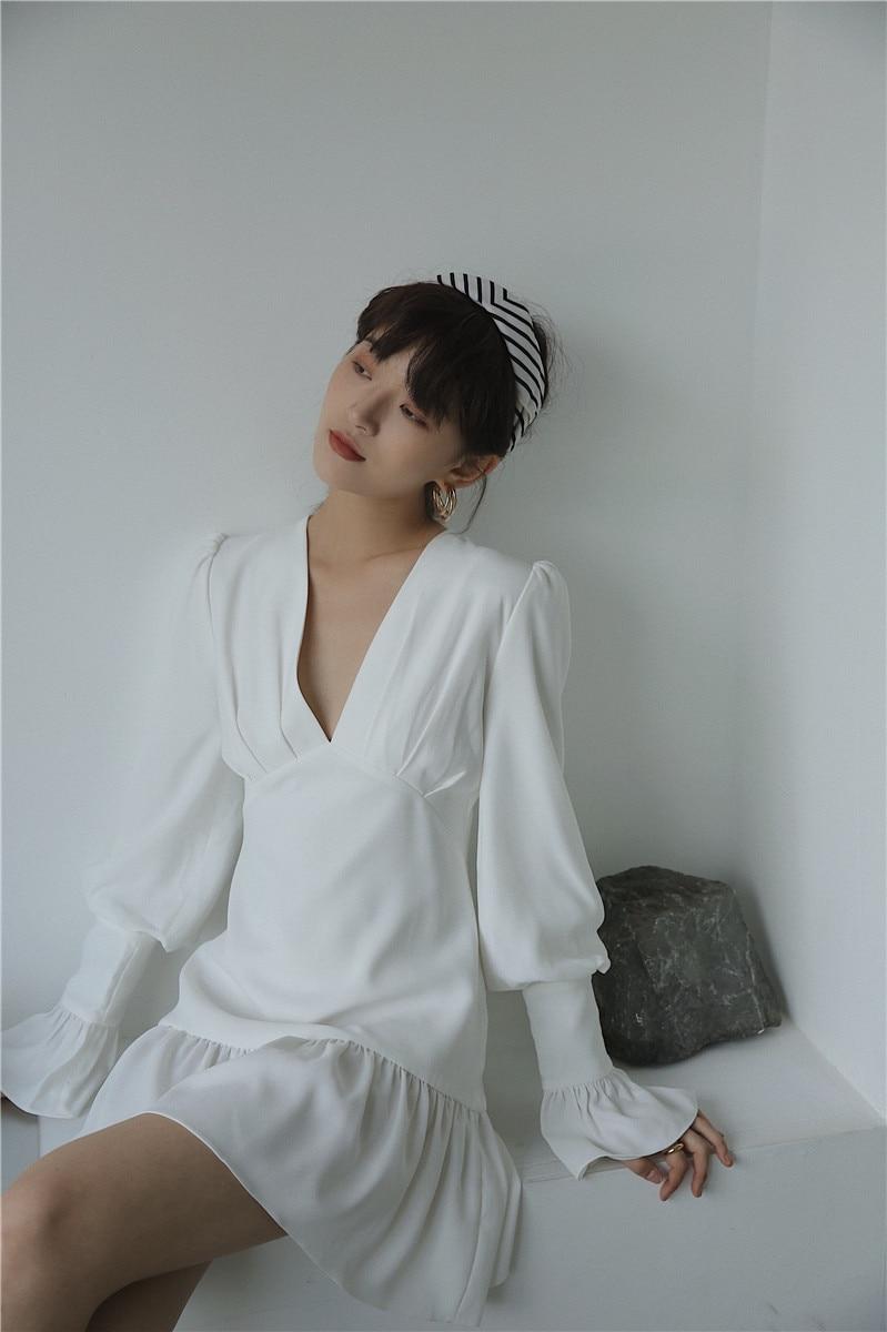 H3f0167860e4f4830bb56224b71c9f4d51 - Spring Korean Deep V-Neck Long Flare Sleeves White Mini Dress