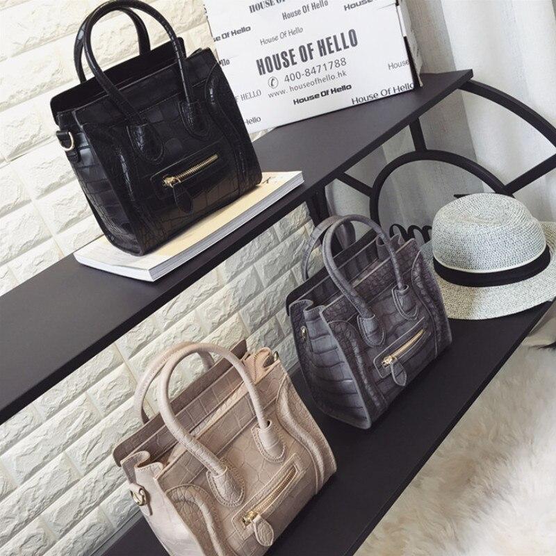 Femmes Sac fourre-tout 2019 luxe Sac à Main femmes Sac concepteur grande capacité femme Sac à Main de haute qualité en cuir PU sourire Sac un Sac à Main