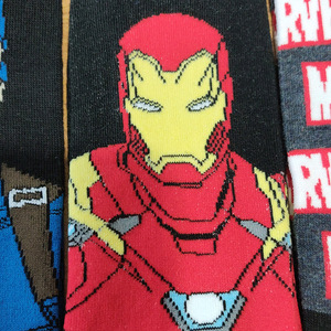 Image 5 - 10 par/pack héroe de historietas General Calcetines Hombre de Hierro de dibujos animados Capitán América rodilla cálidos altos Patrón de costura aumento de tamaño grande calcetín