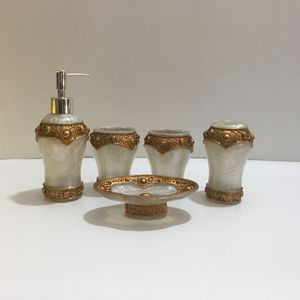 Image 4 - 패션 고품질 수 지 욕실 5 조각 세트 위생 도자기 키트 욕실 워시 세트 욕실 세트 비누 접시 아름 다운