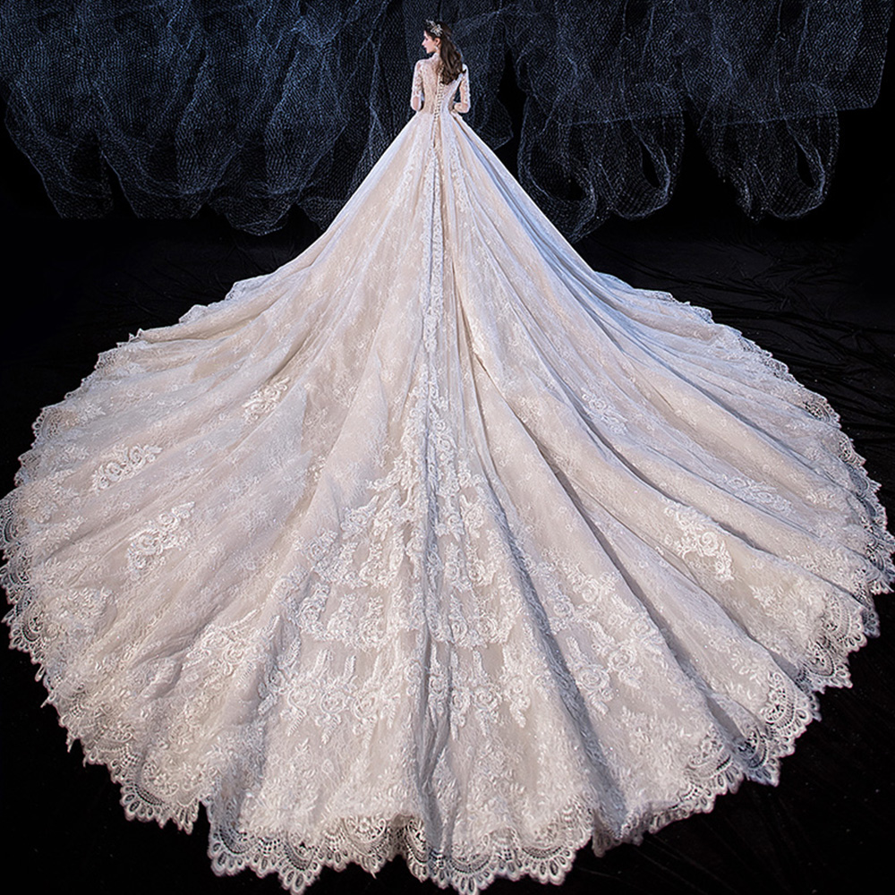 Image 3 - Beading Sequined Appliques Lace V neck Long Sleeve Gorgeous Ball Gown Wedding Dress With 1.5m Picture Chapel Train  ChinaWedding Dresses   -