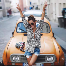 Fashion Elegant Zebra Striped Single-Row Button Blouse Casual Autumn Clothing Basic Top Tee Women Long Sleeve Shirt Pullover D35 autumn striped blouse women designer top button loose up shirt long sleeve korean fashion clothing 2019