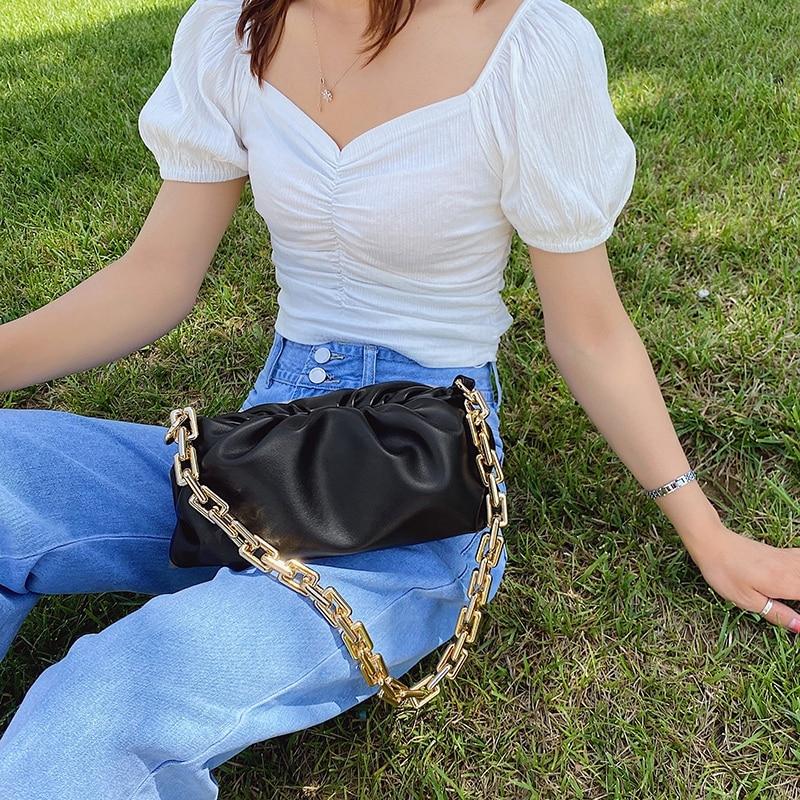 2020 Day clutch thick gold chains dumpling Clip purse bag women cloud Underarm shoulder bag pleated Baguette pouch totes handbag 4.7 5