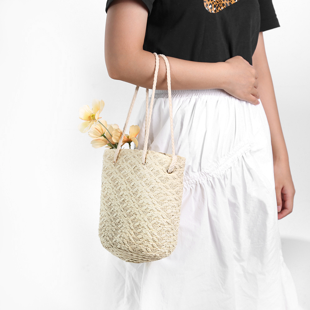 Fashion Straw Bucket Bag for Summer 2021