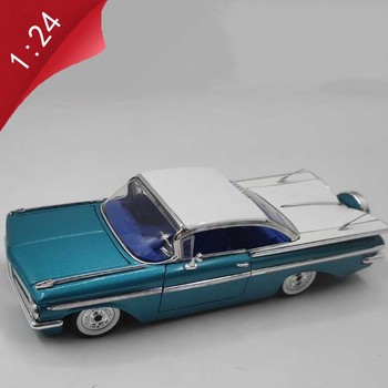 Jada classic 1959 Chevy Impala 1:24 scale simulation car diecast metal sport car model toy adult children gift hobby collection image