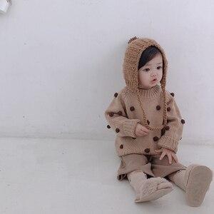 Image 5 - Nữ Thu Đông Áo Thun Cổ Áo len tập đi cho bé Quần áo litttle 3D bi tay dài bé áo len trẻ em Nón kết nam nữ 1 5T