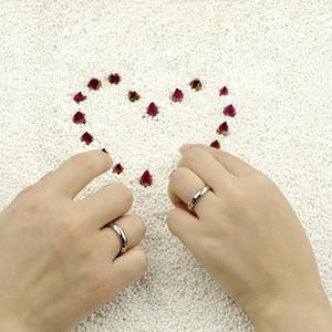 Image 4 - Eenvoudige Huwelijk Engagement Ring 100% 925 Massief Zilveren Paar Ring Vrouw & Man Enkele Ring Groothandel Massief Zilveren Sieraden Gift
