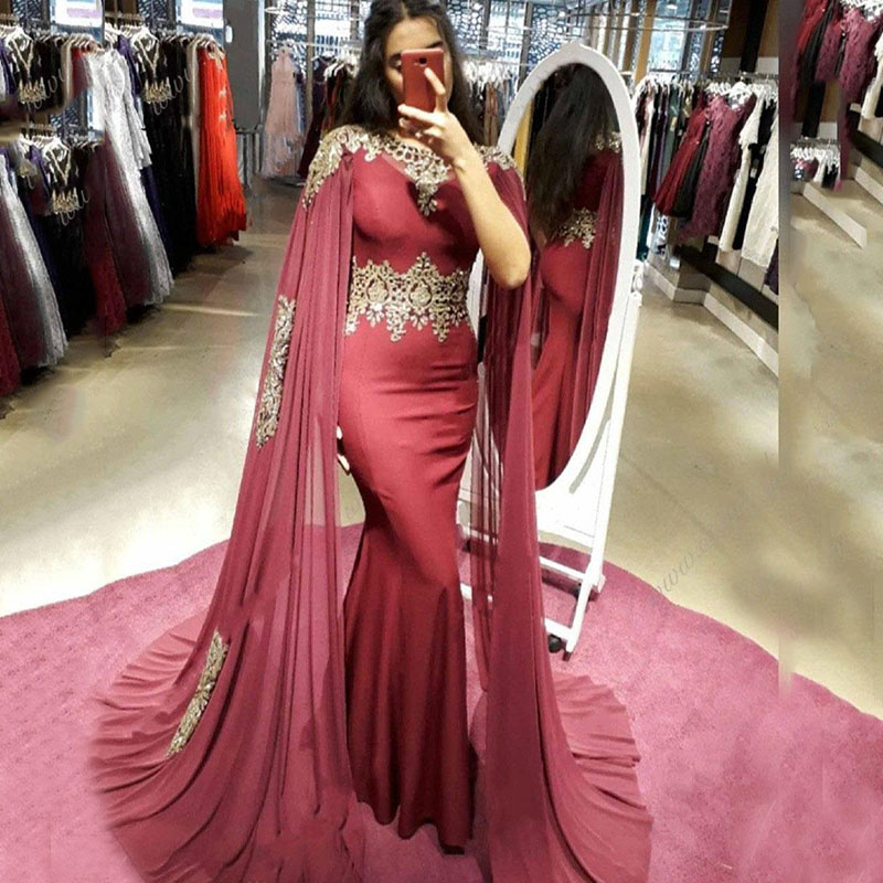 Muslim Evening Dresses Scoop Appliqued with Gold Lace Cape Chiffon Dubai Arabic Prom Dresses Mermaid Party Gown Formal Dress