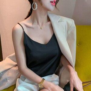 Camisola de satén de seda para mujer de verano de color sólido con cuello pico sexy ropa exterior femenina 2020 nuevo
