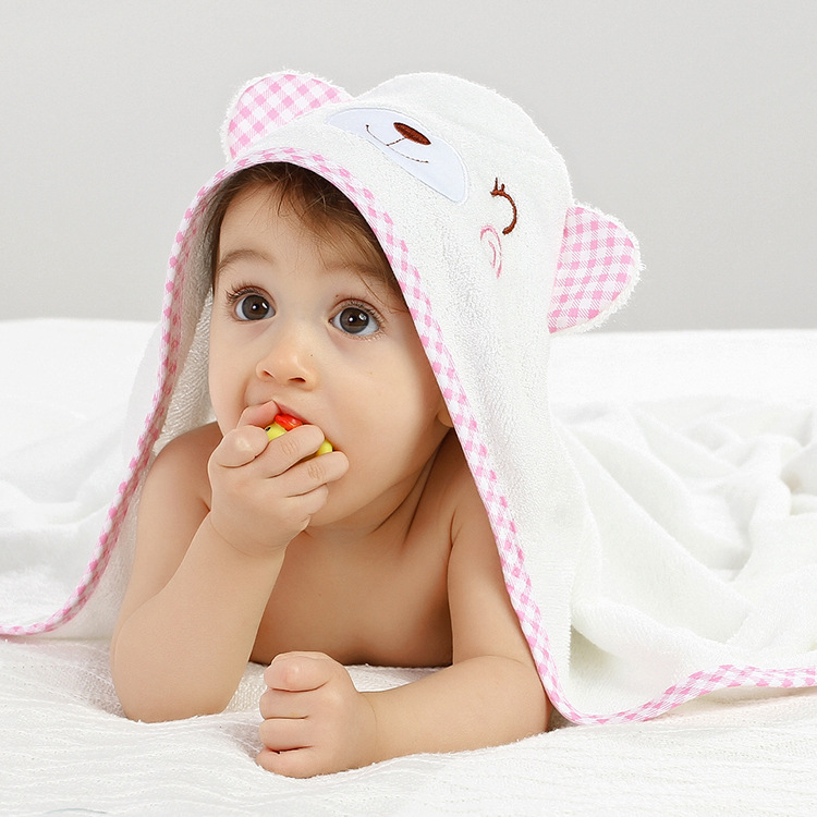 Cute Bamboo Fabric Baby Blanket Newborn Infant Cartoon Baby Hooded Cloak Bath Towel