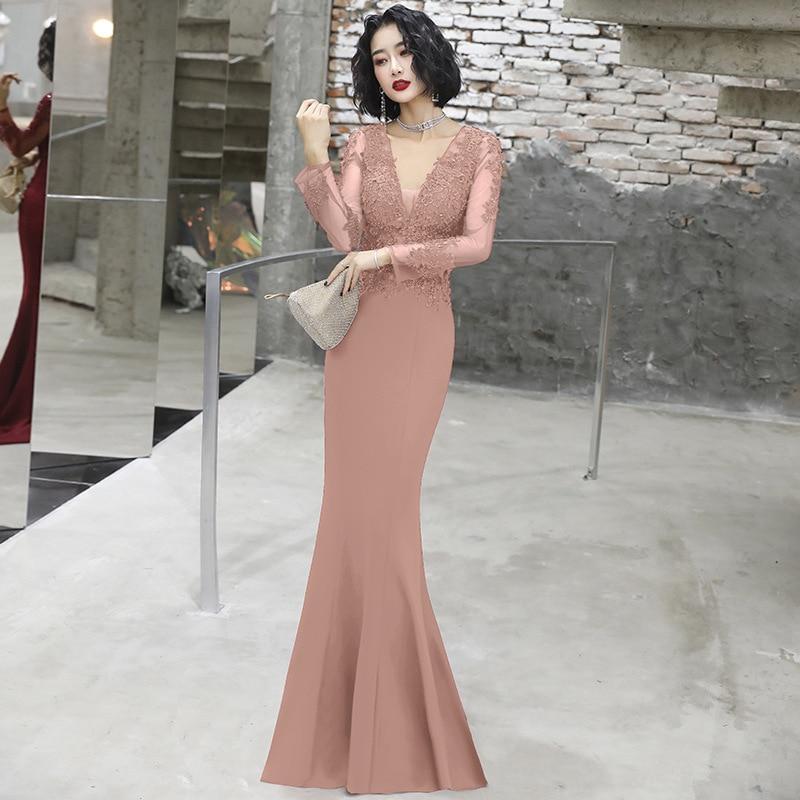 Vestidos de baile estilo sereia, sensual decote
