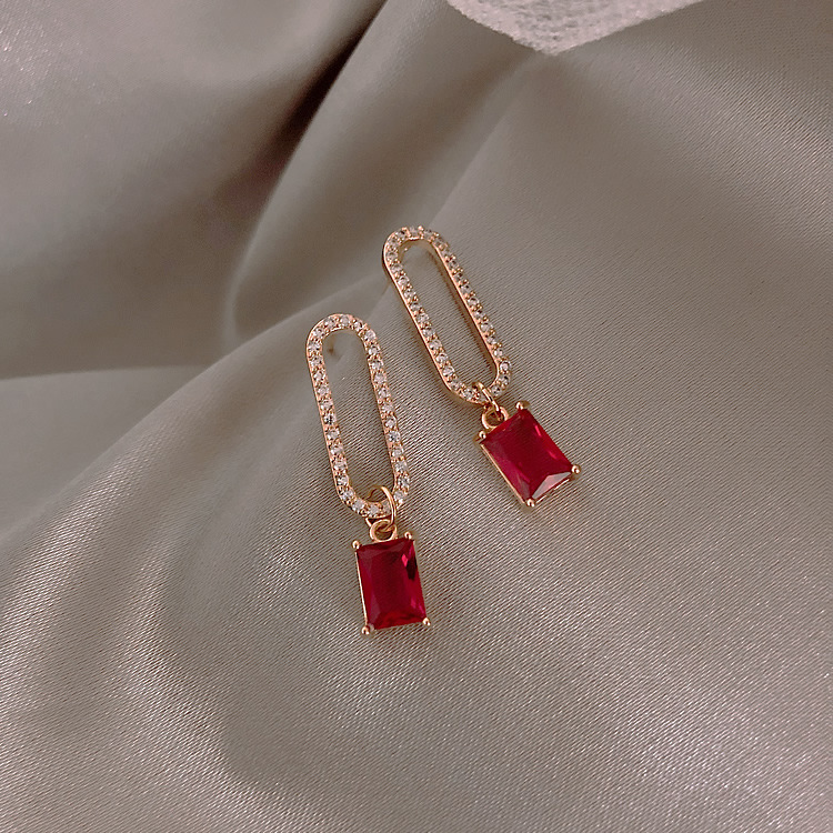 H3f38db5607da443785dc635511683fb6U - 2019 New Arrival Korean Crystal Simple Red Earrings Trendy Geometric Women Dangle Drop Earrings Jewelry Earrings