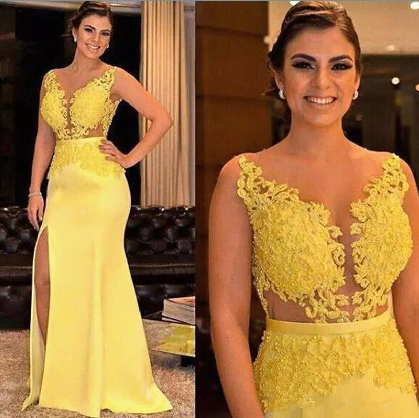 Charming Yellow 2019 Mother Of The Bride Dresses Lace Applique Beading Sheath Formal Split Side Satin Formal Evening Gowns