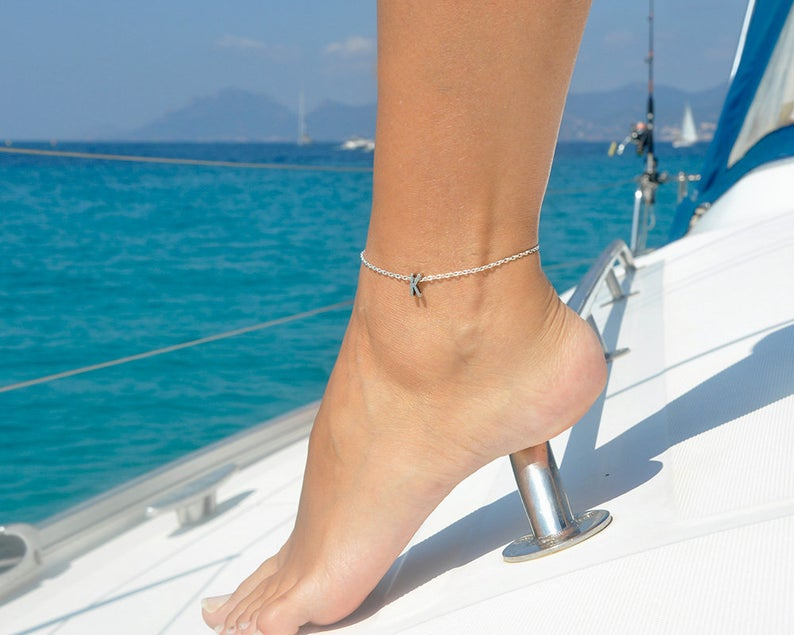 Kinitial Boho Charm Initial A-Z Anklet Ankle Bracelet on Leg Chain Bijoux 26 Letter Anklets For Women Ankle Beach Foot Jewelry