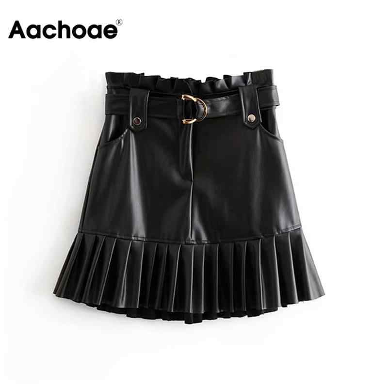 Aachoae Frauen Schwarz PU Leder Rock mit Gürtel Mode Streetwear Rüschen Falten Mini Röcke A-line Party Club Sexy Kurzen Rock