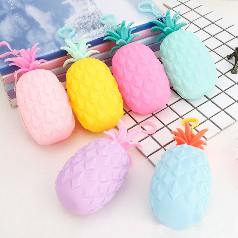 1 Pcs Girls Silicone Coin Purse Creative Pineapple Shape Women Portable Small Lovely MIini Doxument Bag Stationery