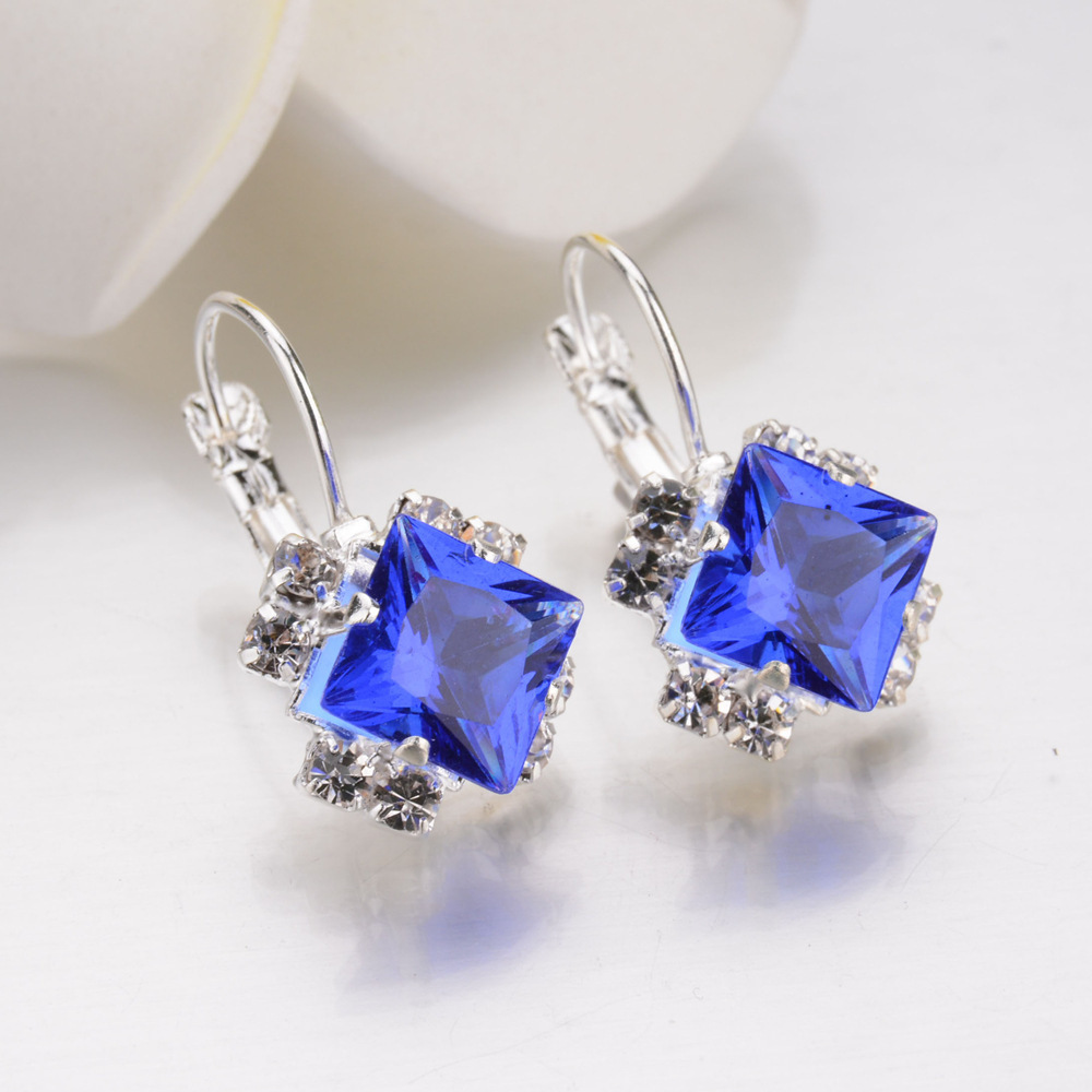Kpop Crystal Square Stud Earrings for Women Trendy 2020 New Bridal Earrings  Accessories Fashion Christmas Jewelry Girl Gift 2