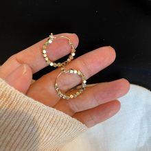 2021 винтажные золотистые металлические серьги кольца с шариками