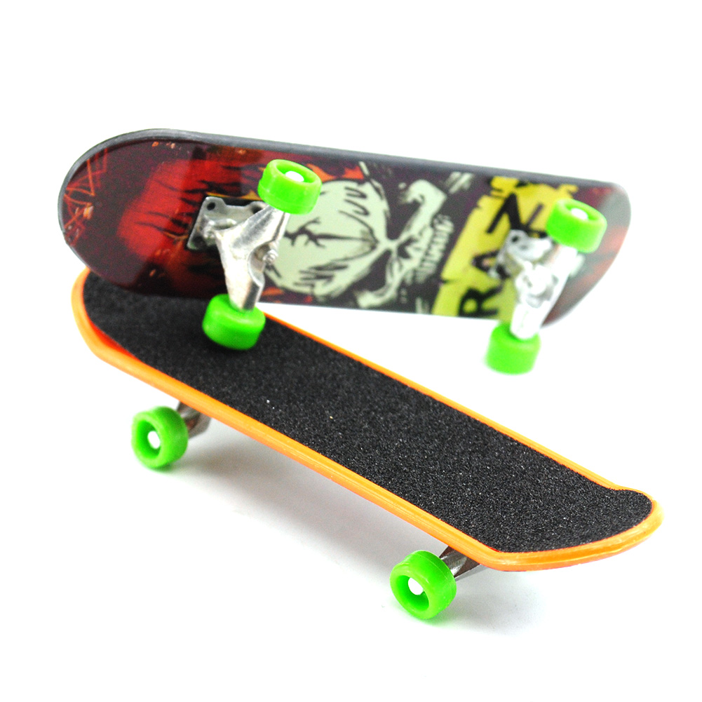 2Pcs Kids Children Printing Professional Alloy Stand Fingerboard Truck Toy Mini Finger Skateboard For Kids Toy Boy Children Gift