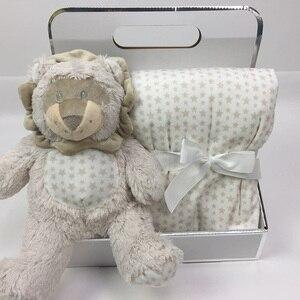Image 5 - 75*100cm מכירה לוהטת אריזת מתנה עם חמוד בעלי החיים בובה + שמיכת קטיפה אלמוגים תינוק מצעים ארנב פיל בפלאש צעצוע