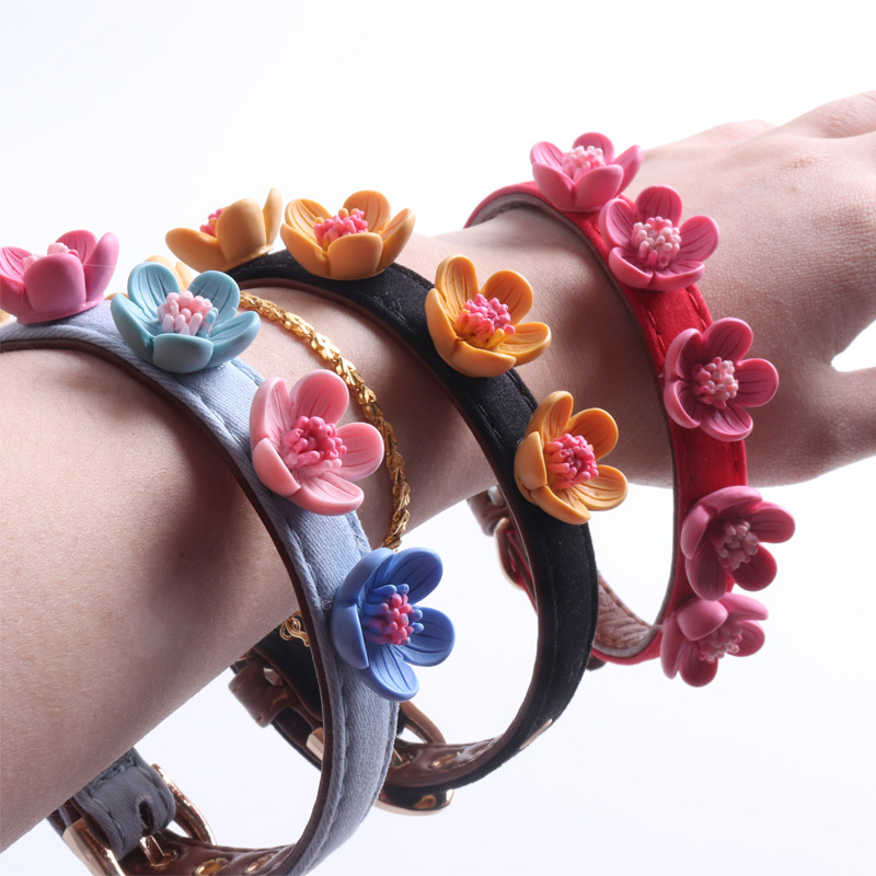 Amin Lattice New Products Pet Collar Dog Neck Ring Cat Neck Ring Flower Decoration Not Easy To Fall Off