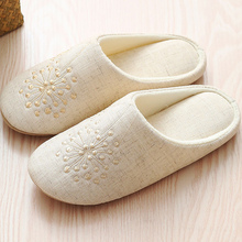 Winter women slippers Embroider Flax Fashion Home shoes for female Non slip Keep warm Soft House 2019 New