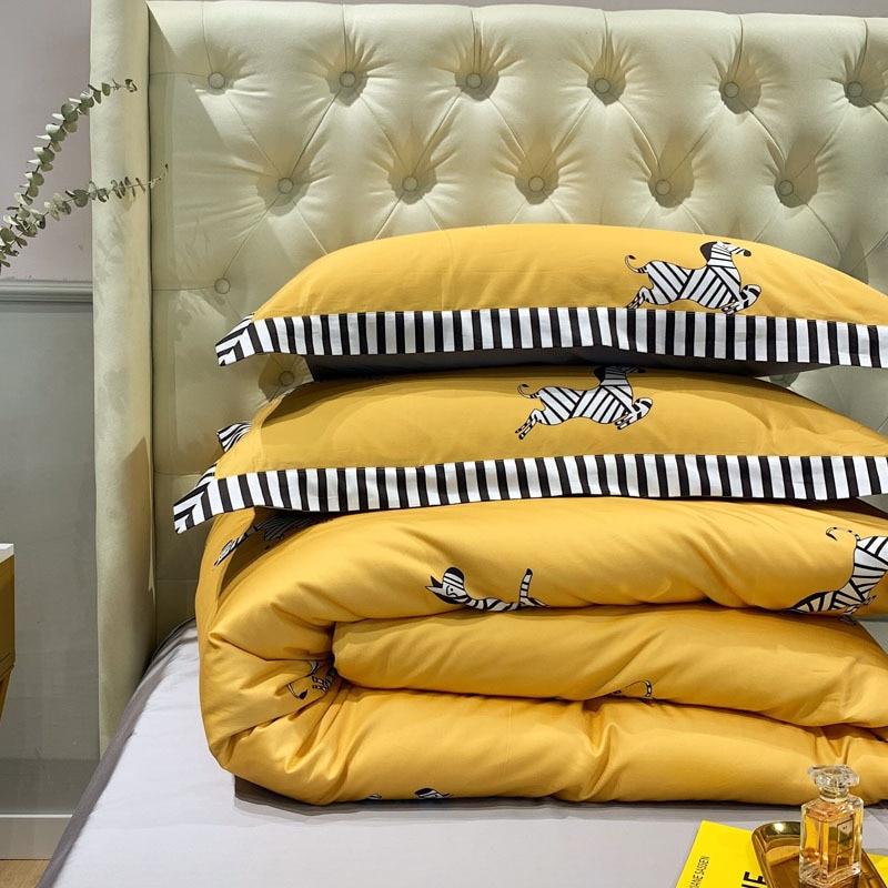 100% puro algodón 2019nuevo juego de ropa de cama de dibujos animados adorable cebra impreso amarillo edredón cubierta de Color sólido gris sábana doble reina rey - 4