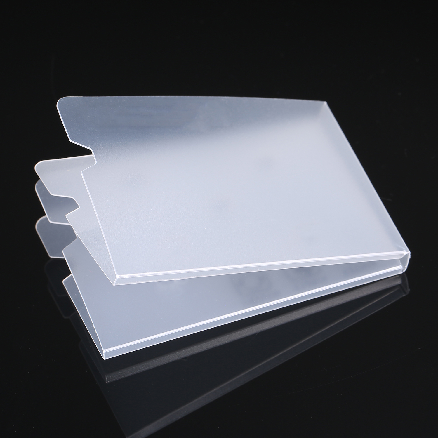 20pcs Foldable Disposable Dustproof Mouth Face Mask Case Storage Clip Box Container Portable 18.5x6cm