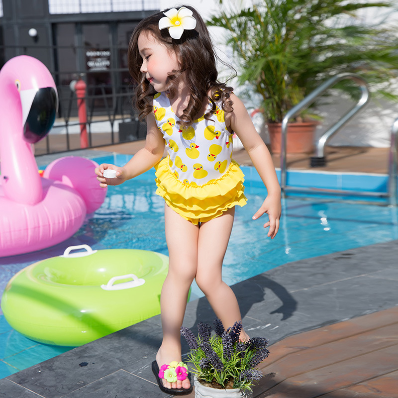 2017 New Style South Korea Cute KID'S Swimwear Small Yellow Duck GIRL'S One-piece Swimming Suit Cartoon Printed Baby Girls Bathi