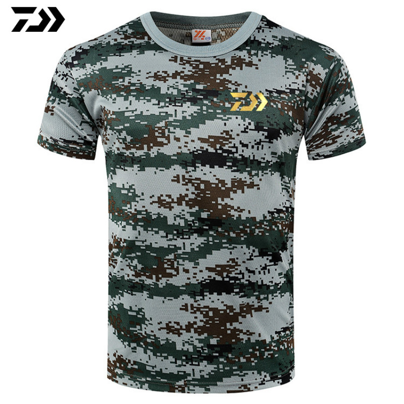 New Fishing T Shirt Fishing Heartbeat T-Shirt Daiwa Fishing Tee Shirt Basic Men Cute Cotton Short Sleeves Camouflage Tshirt