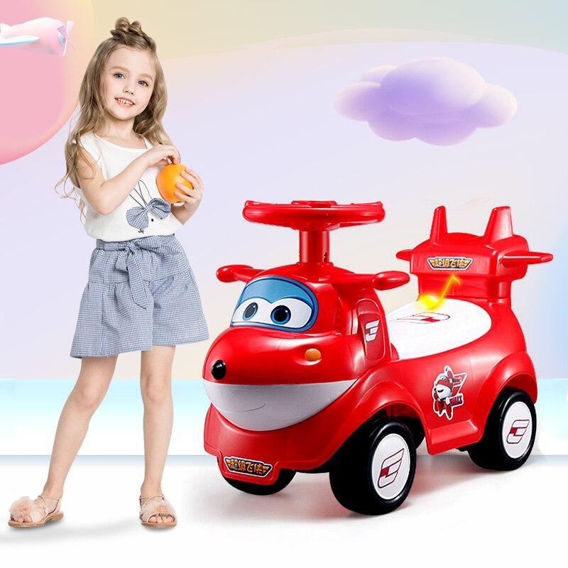 Enfants véhicule Scooter roulette voiture torsion équitation voiture marcheur petit bébé bébé tour sur les voitures pour les jouets de Sports d'intérieur en plein air