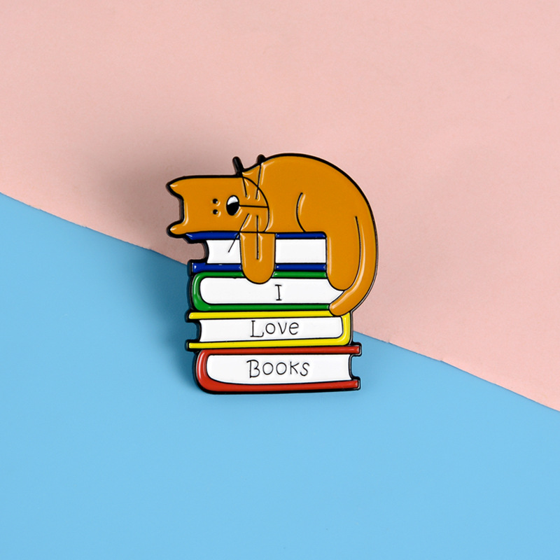 """New cartoon enamel brooch """"I love books"""" creative badge cute cat reading pin backpack decoration accessories gift for readers(China)"""