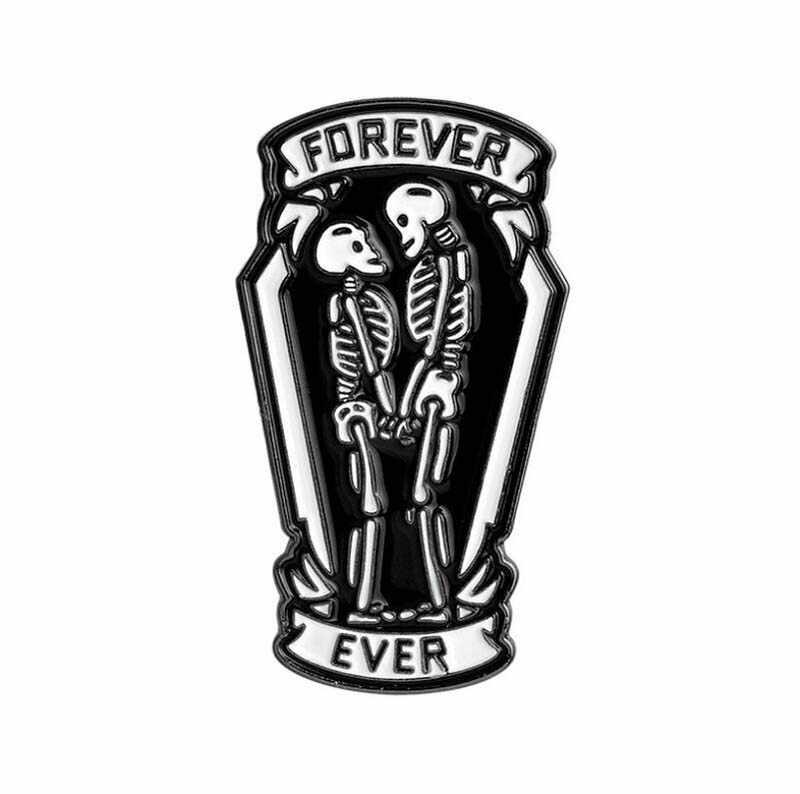 Punk Skull Rose broszka emalia Pin na plecak Kawaii metalowe świąteczne odznaki podziel twarz szpilki kwiat do klapy szpilki przyjaciele prezent