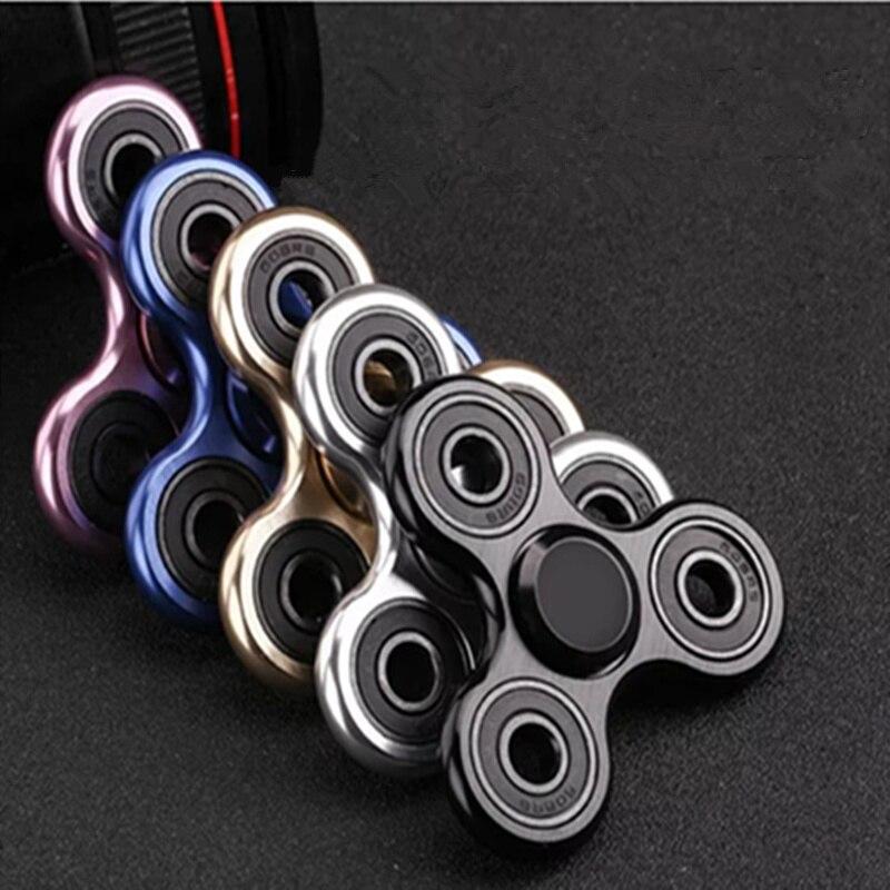 70mm triângulo dedo liga de alumínio metal spinner com caixa r188 rolamento volta por 5 minutos brinquedos criança brinquedo descompressão girador
