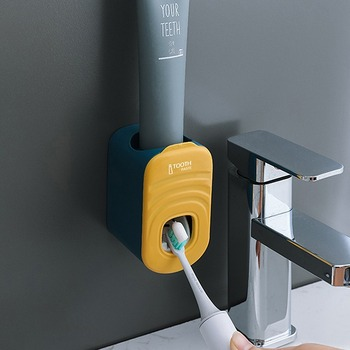 Samoprzylepny automatyczny zestaw do wyciskania pasty do zębów uchwyt do pasty do zębów naścienny wieszaczek na szczoteczkę do zębów wyciskacz do pasty do zębów tanie i dobre opinie CN (pochodzenie) Z tworzywa sztucznego Automatic Toothpaste Dispenser White + Sky Blue Sky Blue Cherry Blossom Powder Ocean Blue