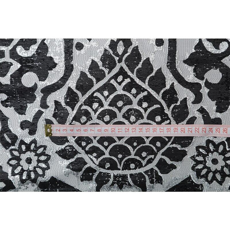 Tissu de mode jacquard personnalisé de haute qualité en or design rétro échelle de dragon totem jupe coupe-vent robe costume tissu - 5