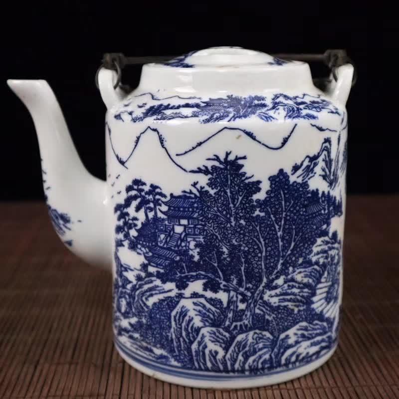 Jingdezhen Porcelain Blue And White Porcelain Mountain River Landscape Pattern Teapot Water Pot Porcelain Teapot Home Decoration