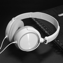 New Wired Headphones With Microphone Over Ear Headsets Bass