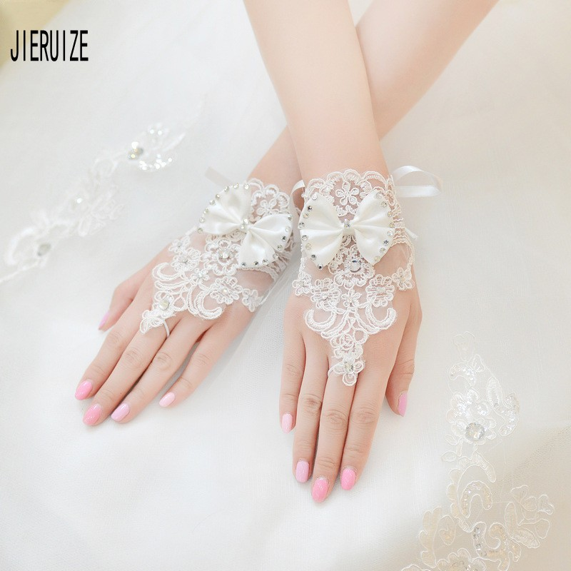 JIERUIZE Elegan Lace Short Bridal Gloves 2020 With Bow Beaded Wedding Gloves White Ivory Wedding Accessories Veu De Noiva