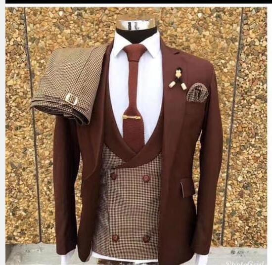 2020 New Men Suits 3 Pieces Set Best Suit for Wedding Tuxedo Groom Best Man Singer Performing Stage Dress with Pant Vest Jacket