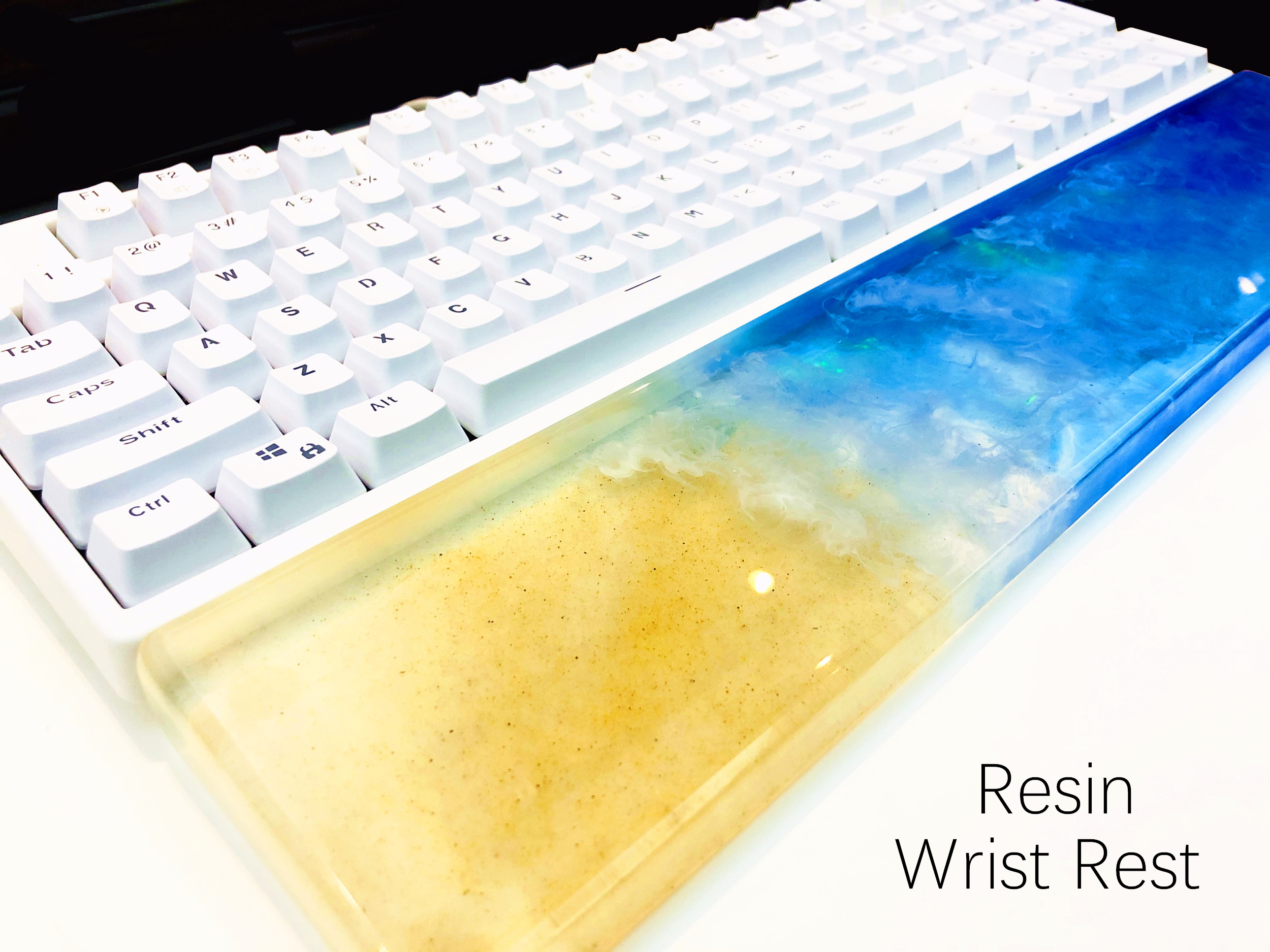 Hawaii Beach Resin Wrist Rest Handmade Transparent Resin Artisan Wrist Pad Ergonomic For 87 104 Keys Mechanical Gaming Keyboard image