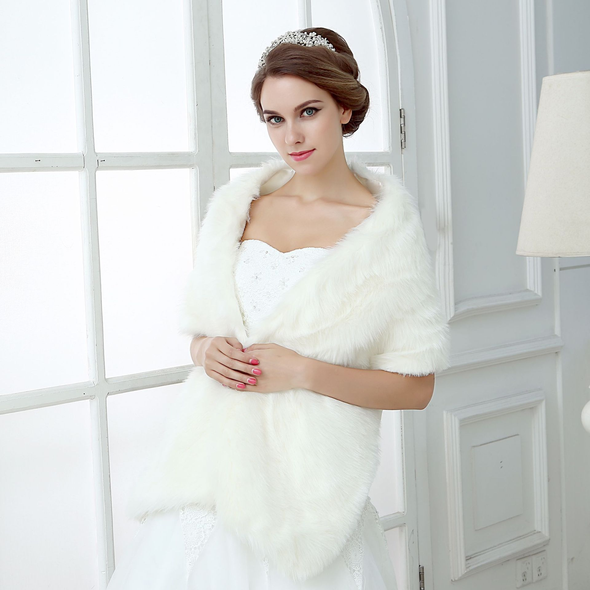 Hot Sale Warm Ivory Bolero Women Jackets Soft Faux Fur 160 CM One Size Wedding Accessories Bridal Wraps Shawls