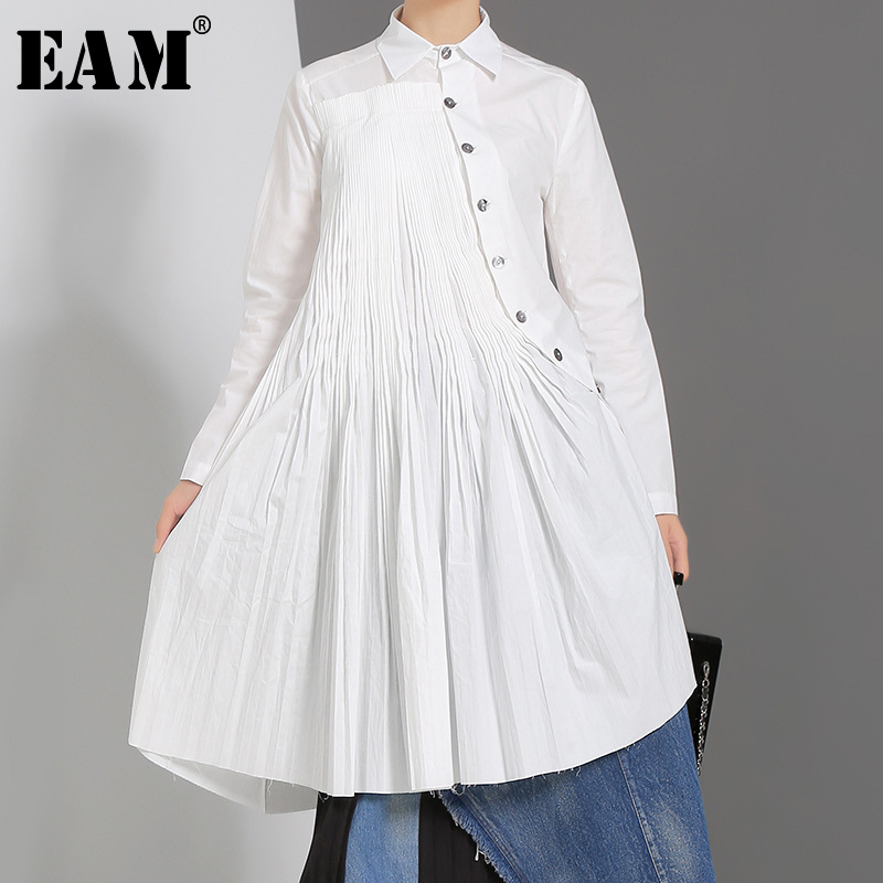 [EAM] Women Oblique Pleated Asymmetrical Blouse New Lapel Long Sleeve Loose Fit Split Shirt Fashion Spring Autumn 2019 JZ530