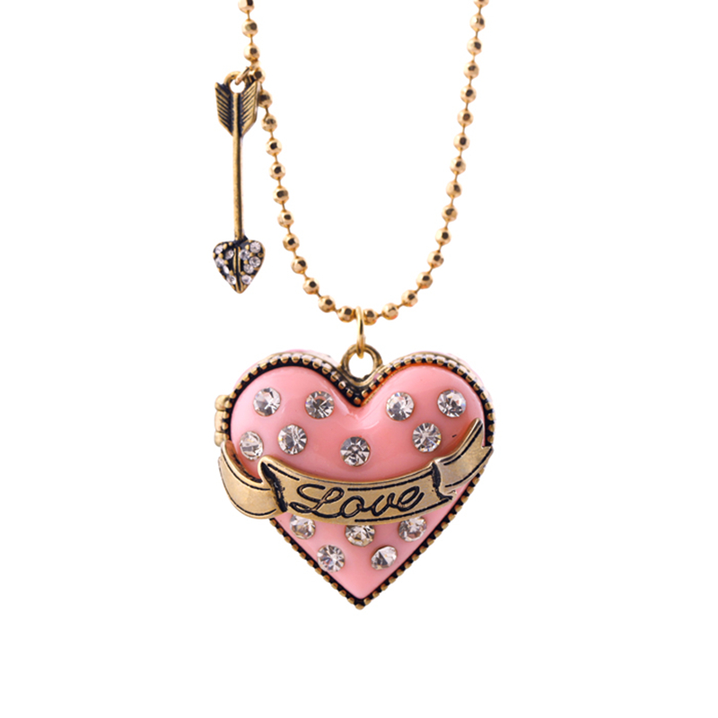 Fashion Women Jewelry Pink Sweet Long Beads Chain Open Heart Pendant Necklace Vintage Arrow Choker Sweater Necklace Gifts
