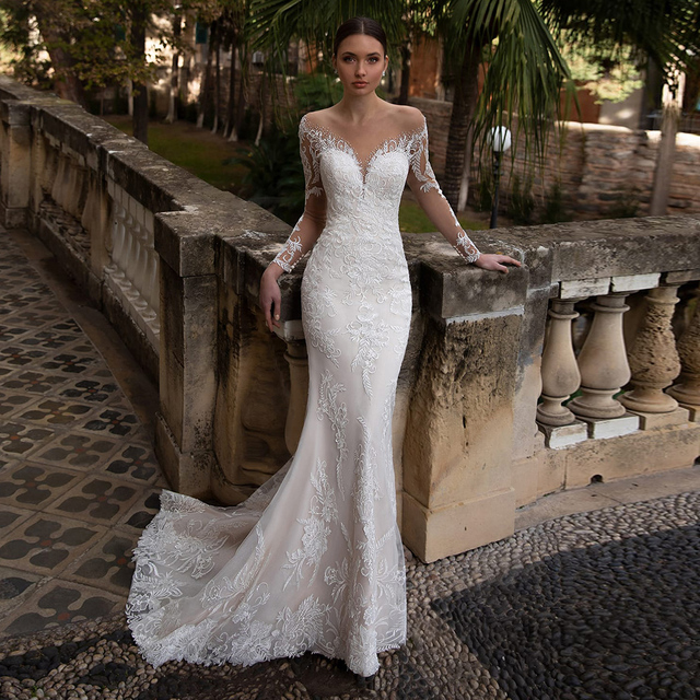 Elegant Embroidery Lace Bridal Dresses Sexy V-neck Long Sleeve Sweep Train Mermaid Wedding Dresses with Crystal 1