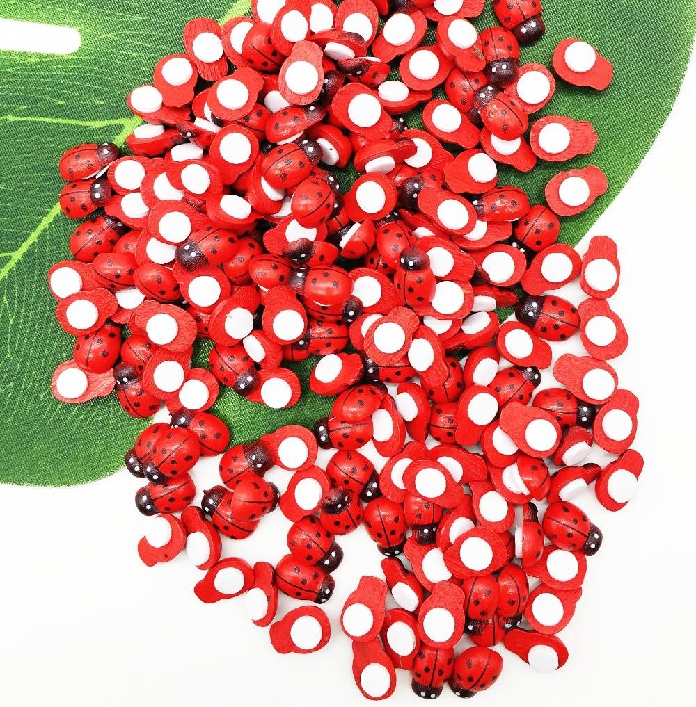 100pcs/Bag Wooden Ladybird Ladybug Sticker Children Kids Painted Adhesive Back DIY Craft Home Party Holiday Decoration E