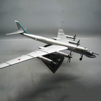 1/144 Scale RUSSIA Ukraine TY 95 TU 95 Bear Bomber Aircraft With base Diecast Metal Military Plane Model Displays Collections