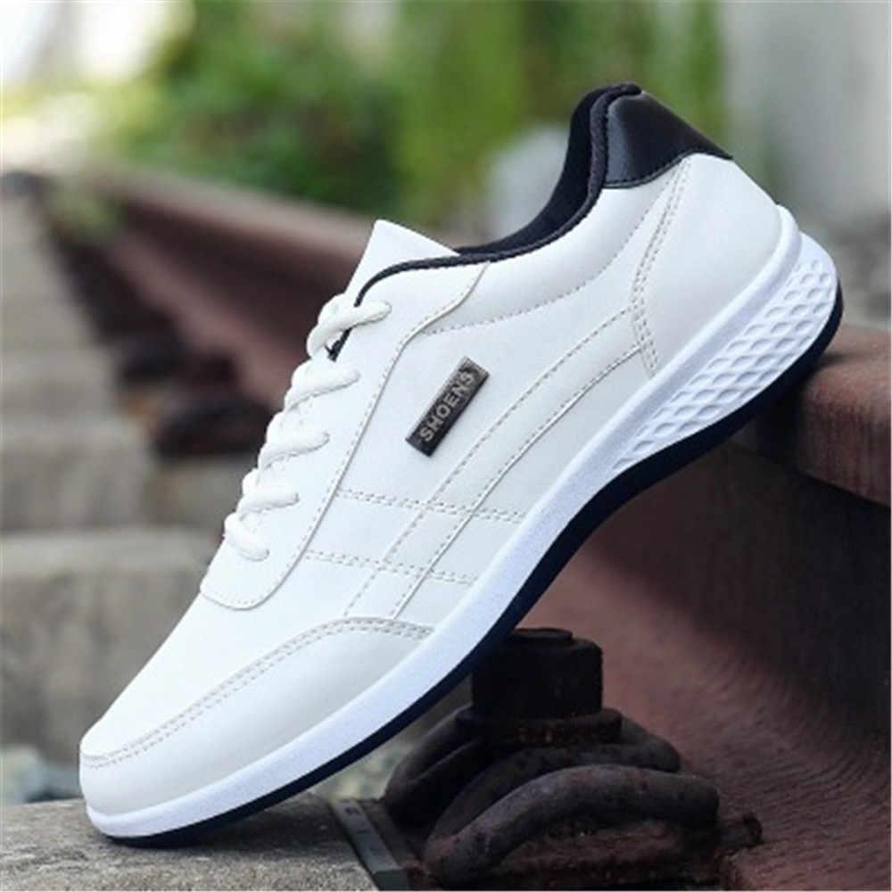 2019 ใหม่รองเท้าบุรุษรองเท้าผ้าใบขนาดใหญ่ขนาด 39-44 Man รองเท้าคุณภาพสูงรองเท้าสบายๆ PU หนัง Loafers รองเท้าสีดำสีขาว