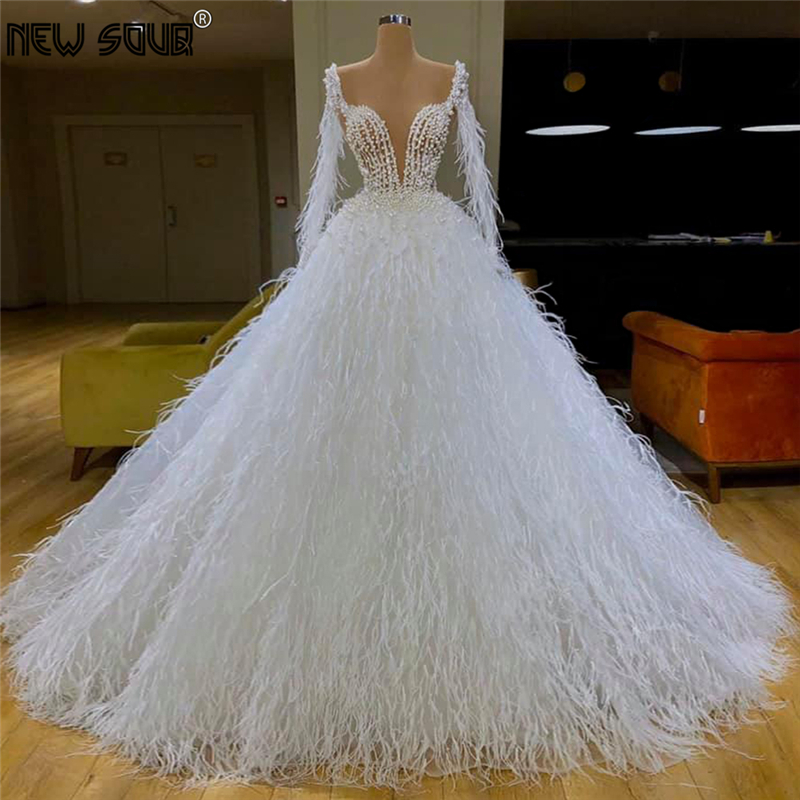 Luxur Feathers Evening Dresses Puffy 2020 Middle East Couture Dubai Pearls Prom Dress Long Party Gown For Wedding Robe De Soiree